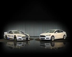 Association Auto  Cast  National Racing Stock on Ford Mondeo Schwestermodell Fusion Bereit F  R Eine Rennkarriere Im Us