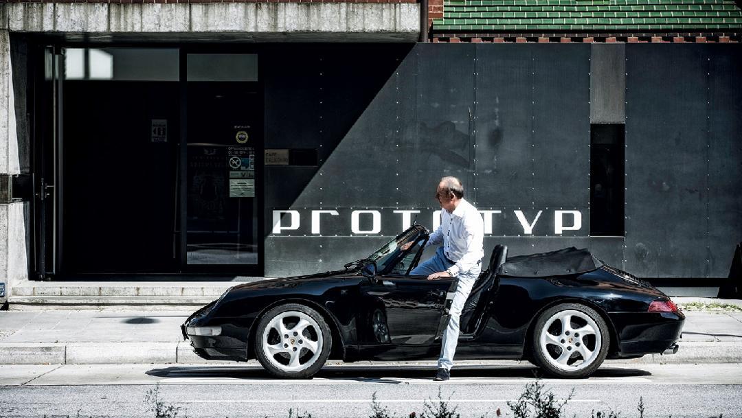 Karl J. Pojer, Boss von Hapag-Lloyd Cruises und Rennfahrer, Porsche 993 Cabriolet, Automuseum Prototyp, Hamburg, Deutschland, 2016, Porsche AG