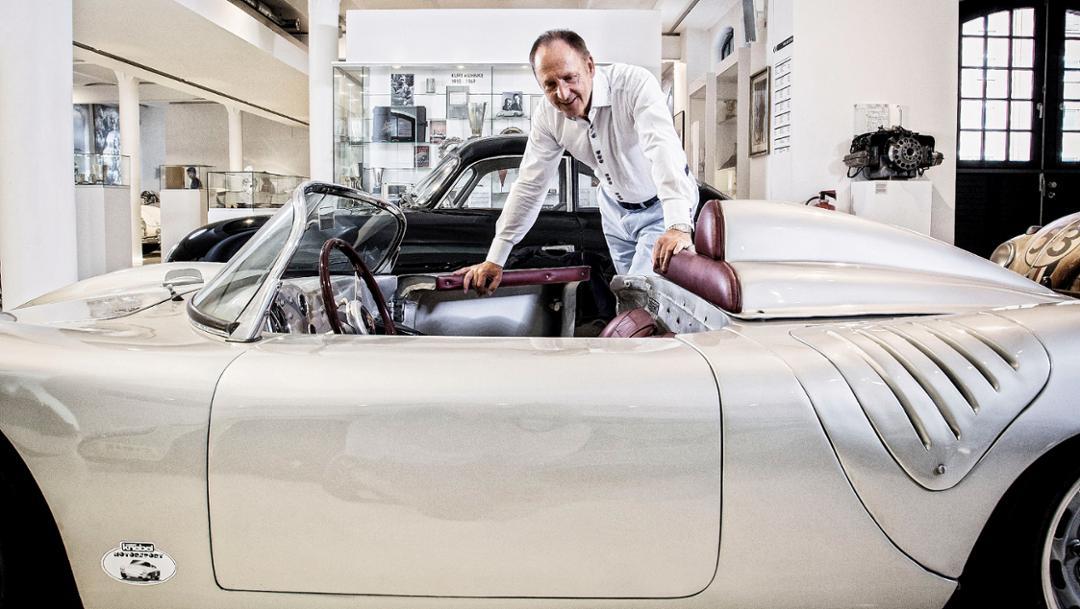 Karl J. Pojer, Boss von Hapag-Lloyd Cruises und Rennfahrer, Automuseum Prototyp, Hamburg, Deutschland, 2016, Porsche AG