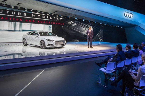 Premiere auf der Genfer Autoshow - hier werden die neuen g-tron Modelle vorgestellt.
