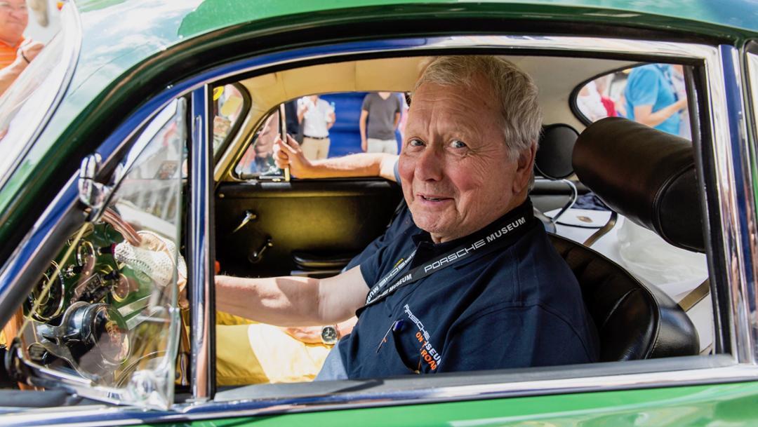 Dr. Wolfgang Porsche, Aufsichtsratsvorsitzender der Porsche AG, 356 Carrera 2, Ennstal-Classic, 2017, Porsche AG