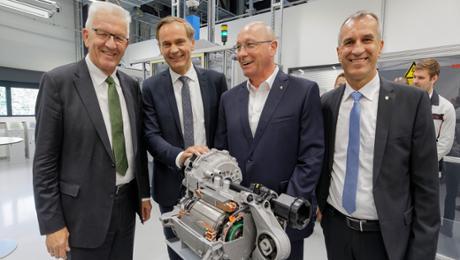 Winfried Kretschmann zu Gast im Porsche-Stammwerk