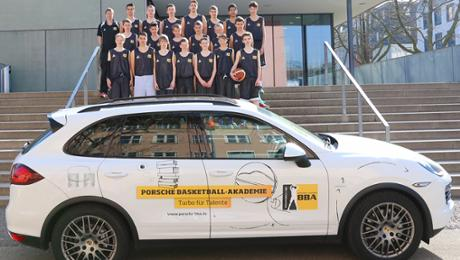 Porsche fördert Basketball-Nachwuchs